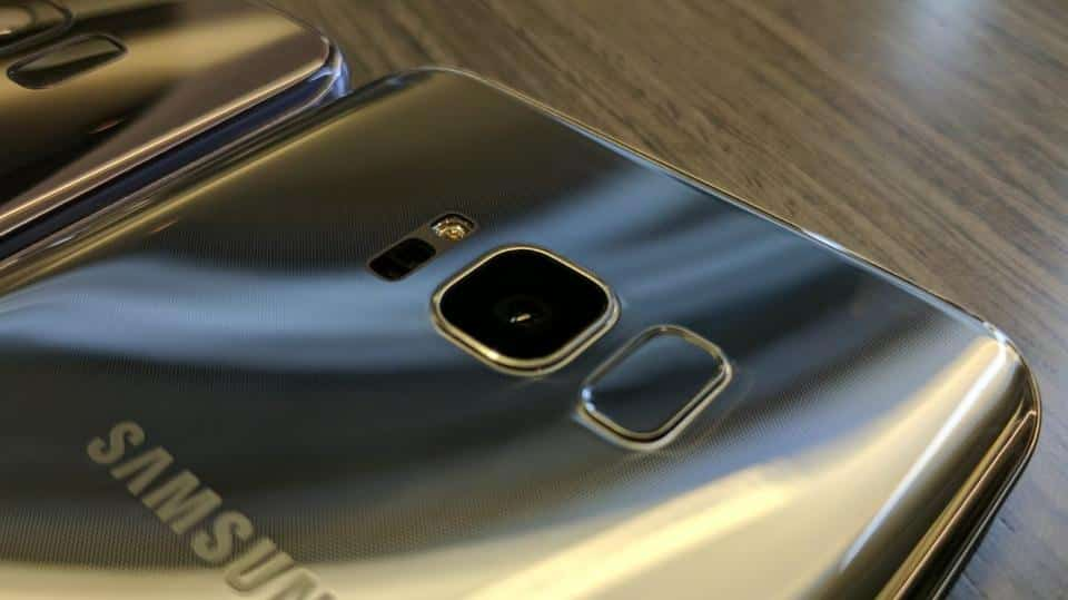 The Galaxy S8 fingerprint sensor is badly positioned